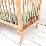 Vintage houten spijlen ledikantje | Sprinkel + Hop