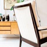 Vintage stoffen stoel fauteuil wit crèmekleurig | Sprinkel + Hop