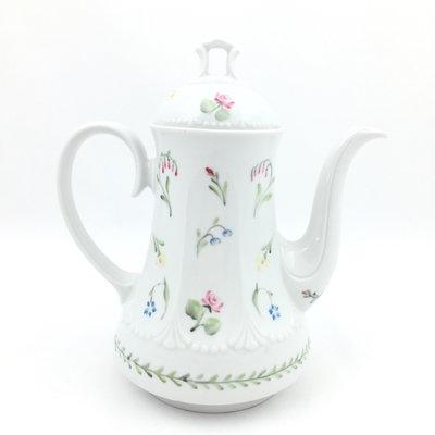 Vintage theepot wit bloemen