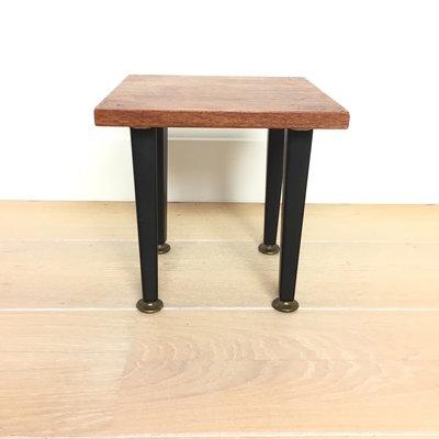 Vintage houten bijzettafeltje vierkant
