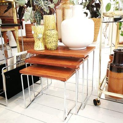 Vintage teak houten bijzettafels set van 3